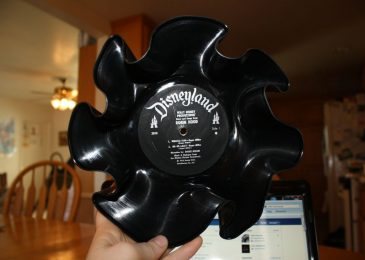 Turn wholesale vinyl records into bowls this Halloween