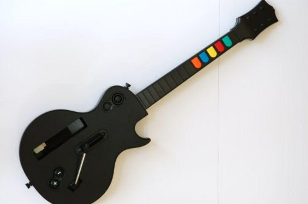 Rock band wireless ukulele or guitar - Beatles' Gretsch vs. Rickenbacker